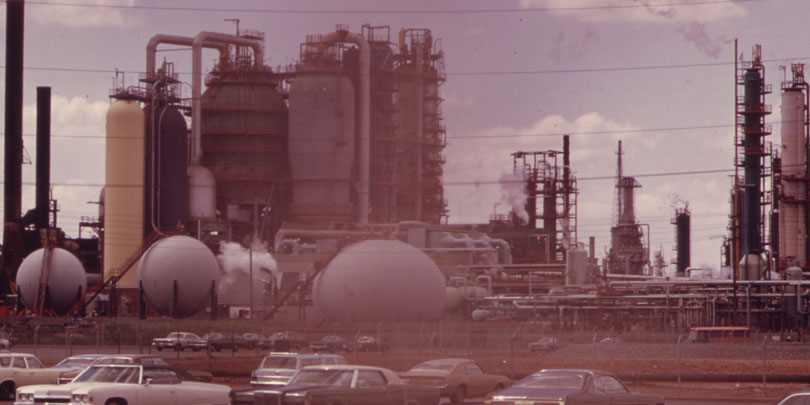 Picture of Exxon Oil Refinery in New Jersey